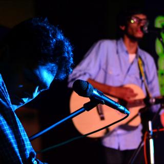 Kabir'N'Shiba: Musical Friends